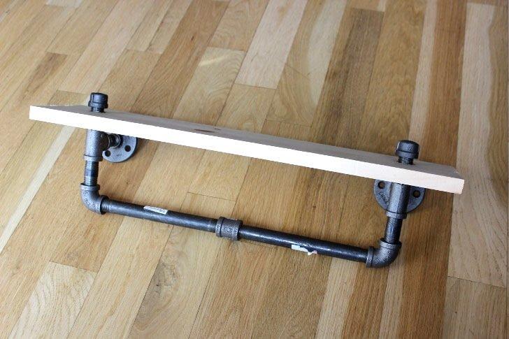 IMG 6719 DIY: ทำชั้นวางของจากท่อน้ำเหล็ก..แนวอินดัสเทรียล