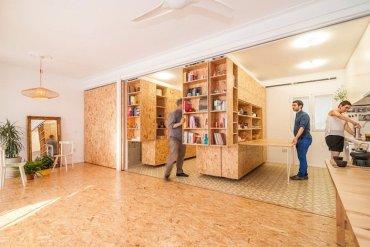 ตู้ที่เลื่อนไปมา ทำให้เกิดพื้นที่ทั้งห้องนอน ห้องนั่งเล่น ห้องครัว..เเหมาะสำหรับบ้านขนาดเล็ก 27 - คอนโด