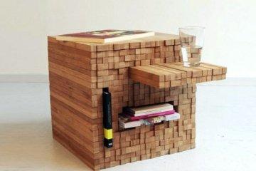 กองไม้รวมกันเป็นโต๊ะ ชั้น ช่องเก็บของ เพียงดันไม้เข้าไป หรือดึงไม้ออกมา