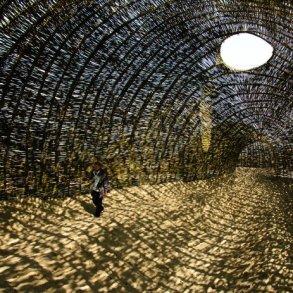Sandworm ศิลปะจากการทักทอด้วยต้นตะไคร้บก 17 - Architecture