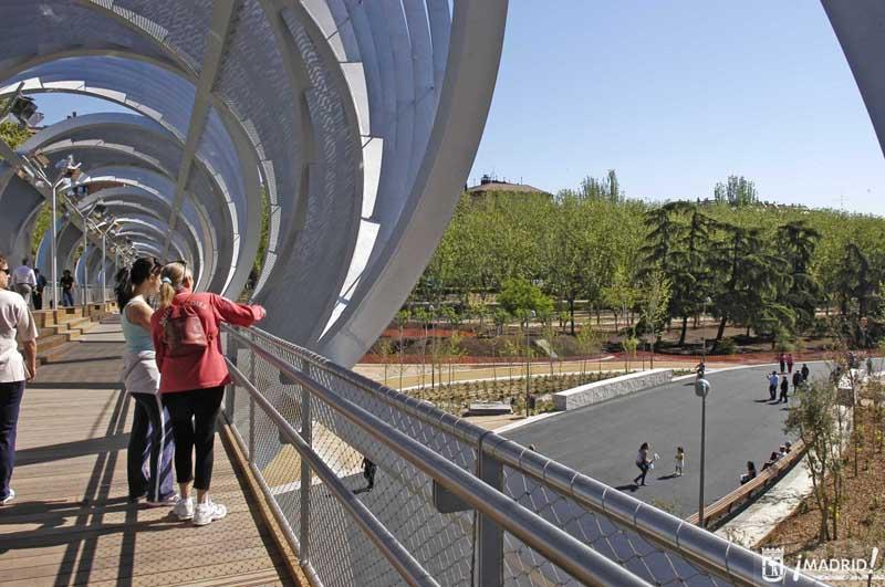 008 puente monumental arganzuela Madrid Rio Project ปรับปรุงพื้นใหม่ให้เป็นพื้นที่สีเขียวกับวิถีที่ยั่งยืน