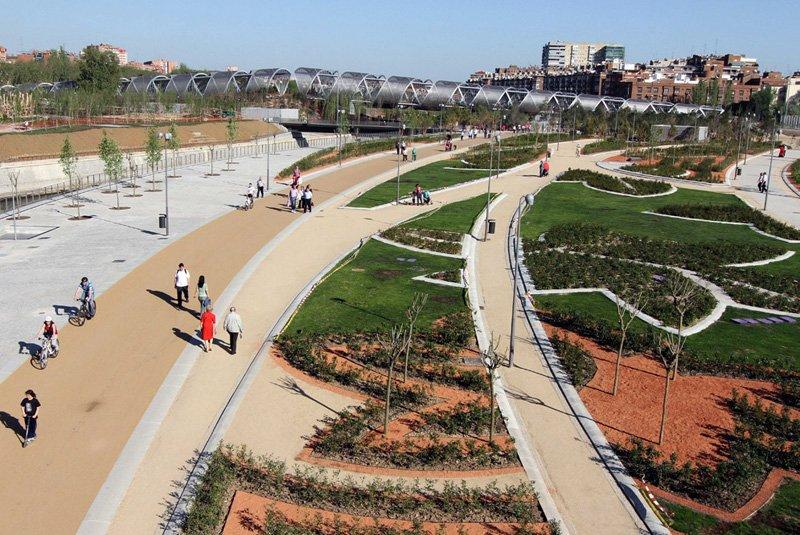 Jardines Manzanares Madrid Rio Project ปรับปรุงพื้นใหม่ให้เป็นพื้นที่สีเขียวกับวิถีที่ยั่งยืน