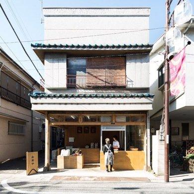 ปรับปรุงร้านชำเก่าให้ดูดีได้ง่ายๆด้วยกล่องและชั้นไม้อัด 32 - Japan