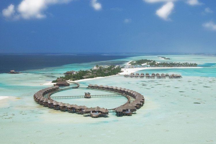 Aerial1 750x499 10 มัลดีฟส์ รีสอร์ท ราคาคนไทยแบบ All Inclusive ห้ามพลาดถ้าคิดจะไปเที่ยว Maldives