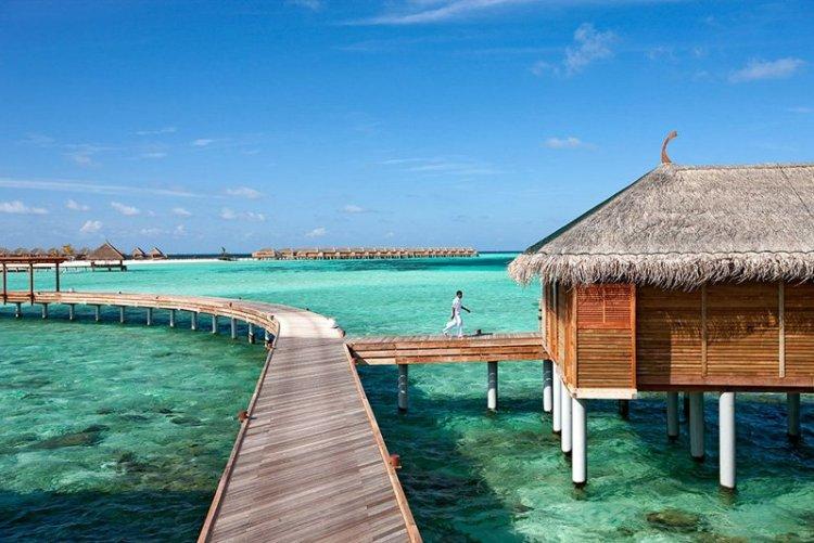 CMRMBS11 WaterVilla08 750x501 10 มัลดีฟส์ รีสอร์ท ราคาคนไทยแบบ All Inclusive ห้ามพลาดถ้าคิดจะไปเที่ยว Maldives
