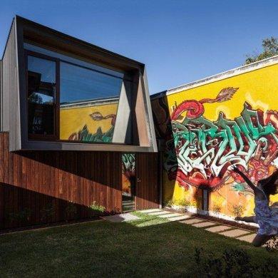 บ้านในเมือง ที่นำเอา งานGraffiti มาเป็นองค์ประกอบของบ้าน 14 - Graffiti