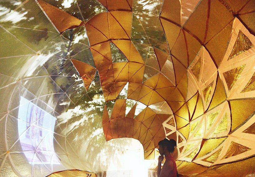 inflatable-classroom-NYC-dumpster-designboom-08