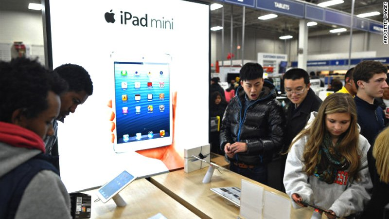 121123022445-apple-black-friday-2012-story-top