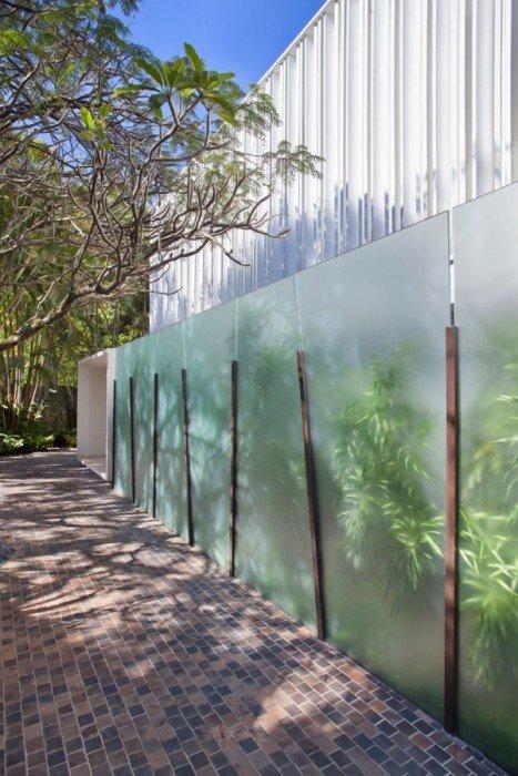 รั้วบ้านกันเสียงและได้ภาพงดงามเหมือนฝัน 17 - courtyard