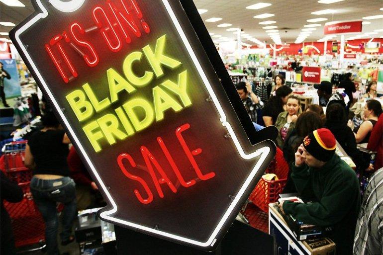 Black Friday คืนแห่งการช้อปปิ้งของลดราคา 20 - SHOPPING