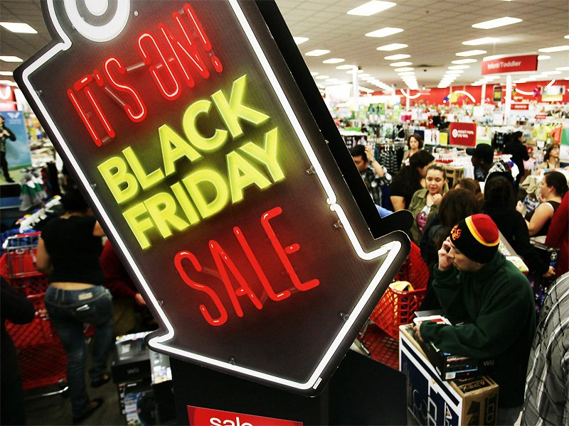 heres-what-not-to-buy-on-black-friday-7-horrific-black-friday-horror-stories-like-something-from-the-purge copy