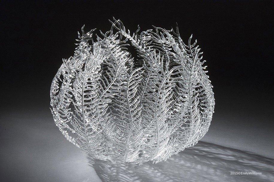 เมื่อน้ำกับไฟ กลายเป็นประติมากรรมแก้ว อันงดงาม 14 - Glass