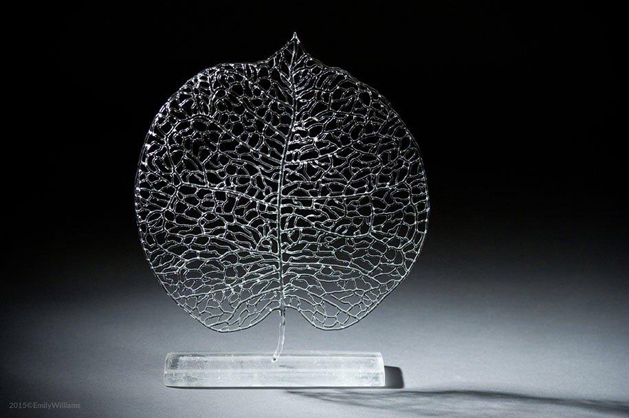 เมื่อน้ำกับไฟ กลายเป็นประติมากรรมแก้ว อันงดงาม 16 - Glass