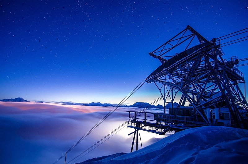 airbnb cable car 9000 feet room designrulz 2 French Alps Ski Resort กระเช้าลอยฟ้ารีสอร์ท