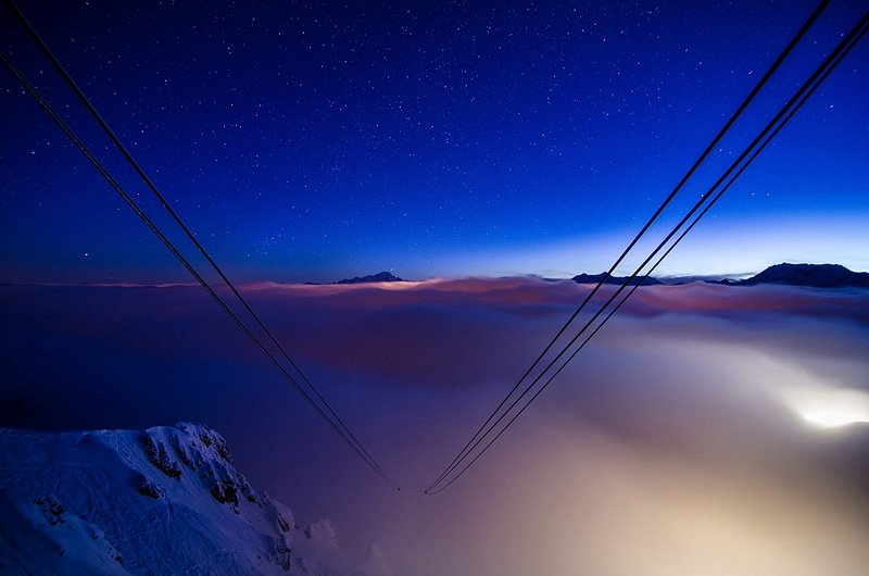 airbnb_cable_car_9000_feet_room_designrulz-8