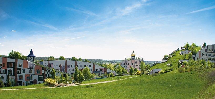 rogner-bad-blumau-spa-hotel-friedensreich-hundertwasser-austria-designboom-02