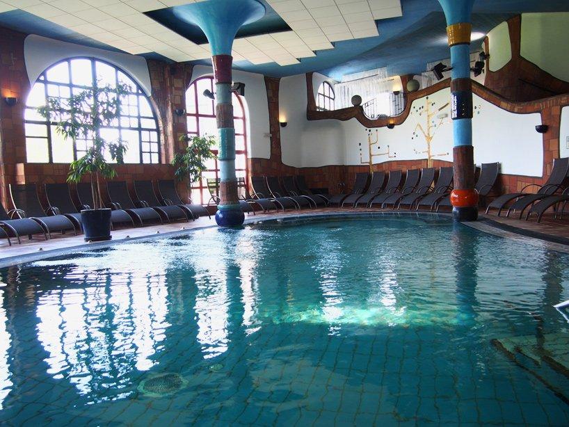 rogner-bad-blumau-spa-hotel-friedensreich-hundertwasser-austria-designboom-07