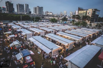 "ARTBOX Bangkokตลาดนัดรูปแบบใหม่ ""Exhibition Market"" @ Airport Link มักกะสัน 2 - containner"