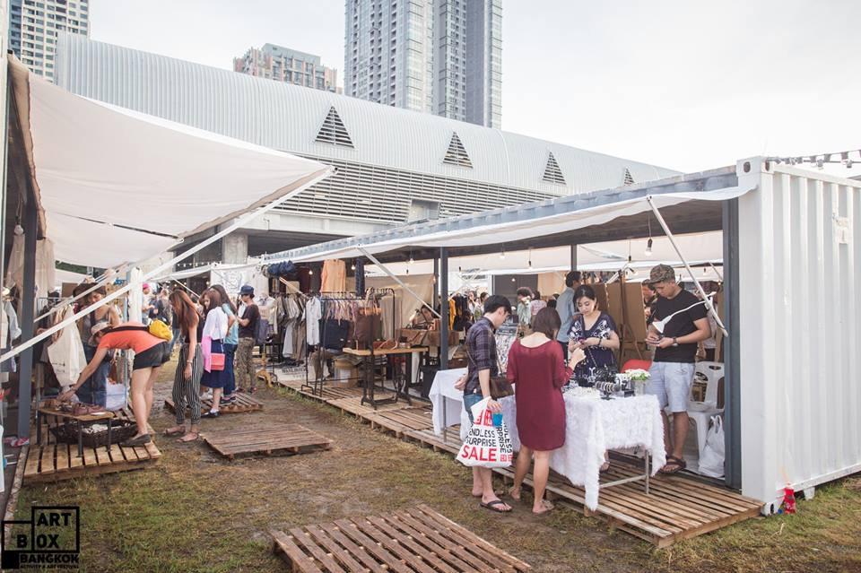 "ARTBOX Bangkokตลาดนัดรูปแบบใหม่ ""Exhibition Market"" @ Airport Link มักกะสัน 16 - 100 Share+"