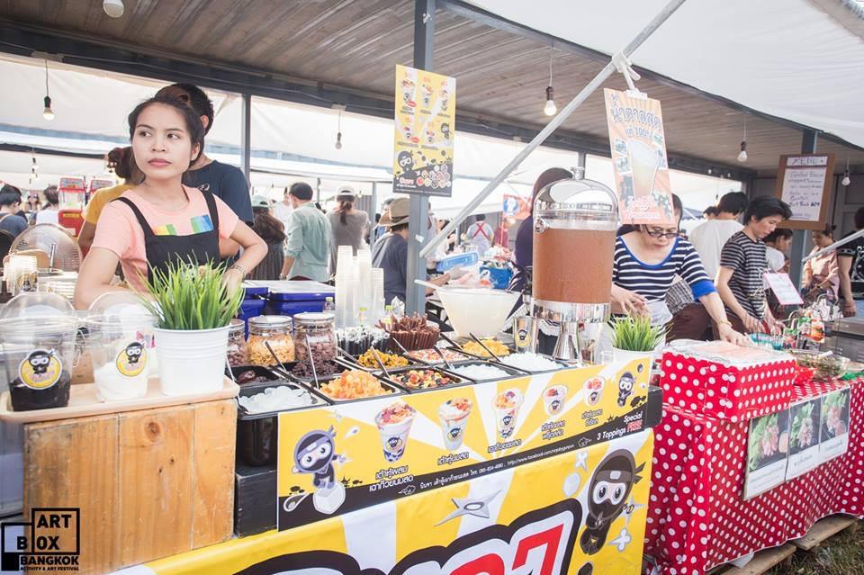 "ARTBOX Bangkokตลาดนัดรูปแบบใหม่ ""Exhibition Market"" @ Airport Link มักกะสัน 22 - 100 Share+"
