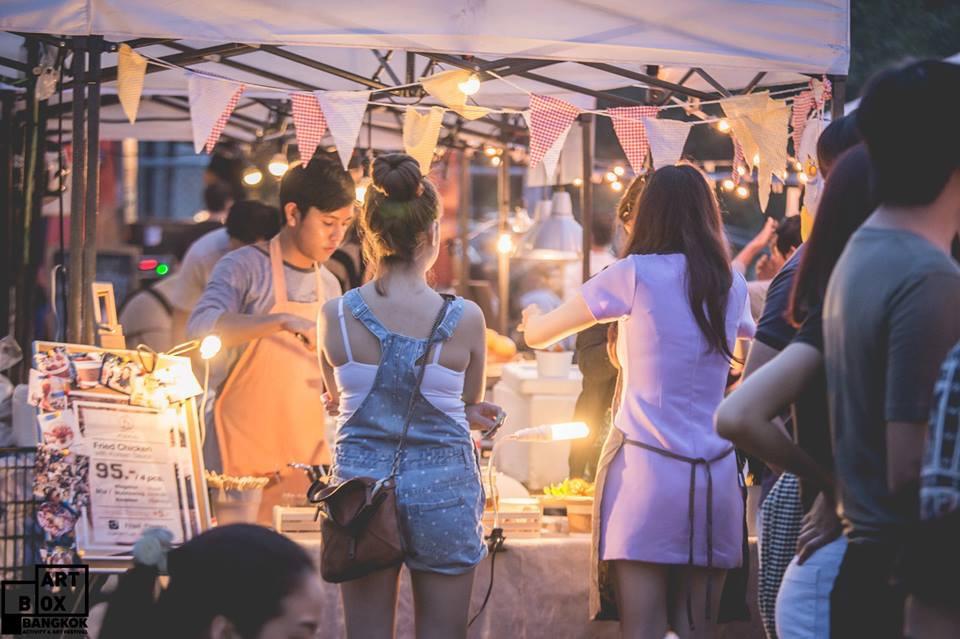 "ARTBOX Bangkokตลาดนัดรูปแบบใหม่ ""Exhibition Market"" @ Airport Link มักกะสัน 34 - 100 Share+"