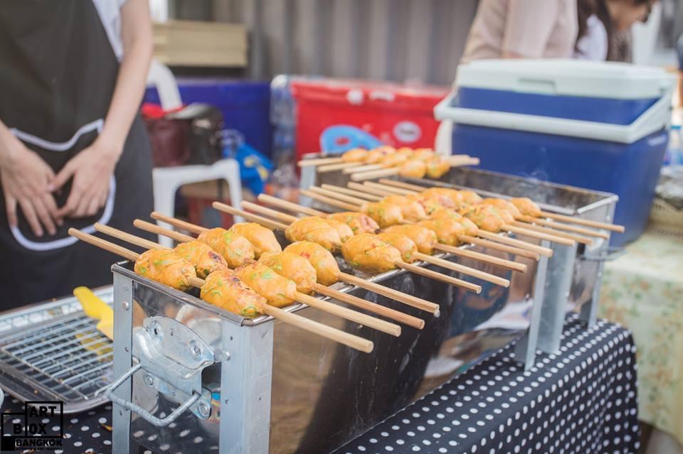 "ARTBOX Bangkokตลาดนัดรูปแบบใหม่ ""Exhibition Market"" @ Airport Link มักกะสัน 40 - 100 Share+"