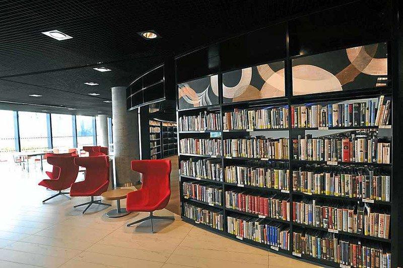 31546159 Library of Birmingham ห้องสมุดที่ใหญ่ที่สุดในยุโรป