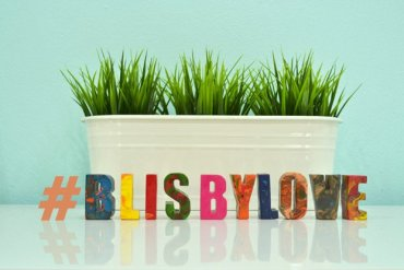 DIY : สีเทียนลายหินอ่อนรูปตัวอักษร #Blisbylove 15 - Instagram