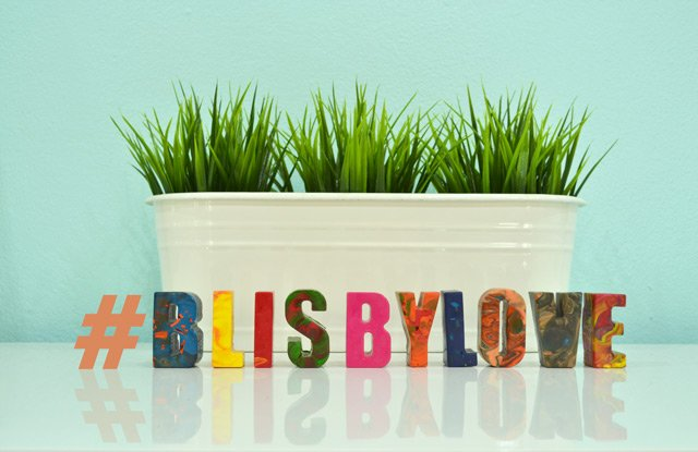 DIY : สีเทียนลายหินอ่อนรูปตัวอักษร #Blisbylove 16 - Instagram