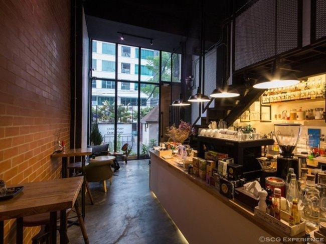 scg renovate coffee cafe6 650x488 รีโนเวทตึกแถวเก่า ให้เป็นร้านกาแฟ CASE STUDY COFFEE & EATERY