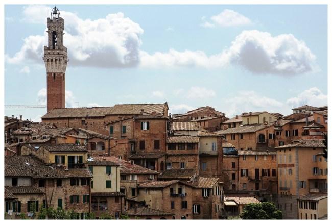 Siena 1 650x439 4 เมืองเล็กเล็กแต่ความสวยสุดยิ่งใหญ่ ที่ควรไปเยือนสักครั้งในชีวิต