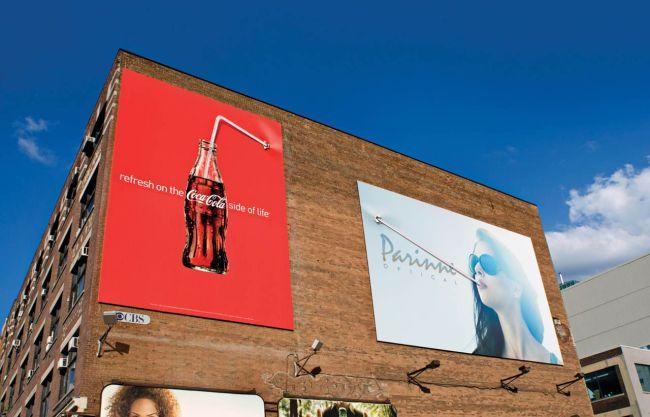 refresh coca cola outdoor billboard 650x417 19 ป้ายโฆษณา (Billboard) สุดครีเอทที่ออกแบบอย่างสร้างสรรค์จนต้องจำแบรนด์ได้