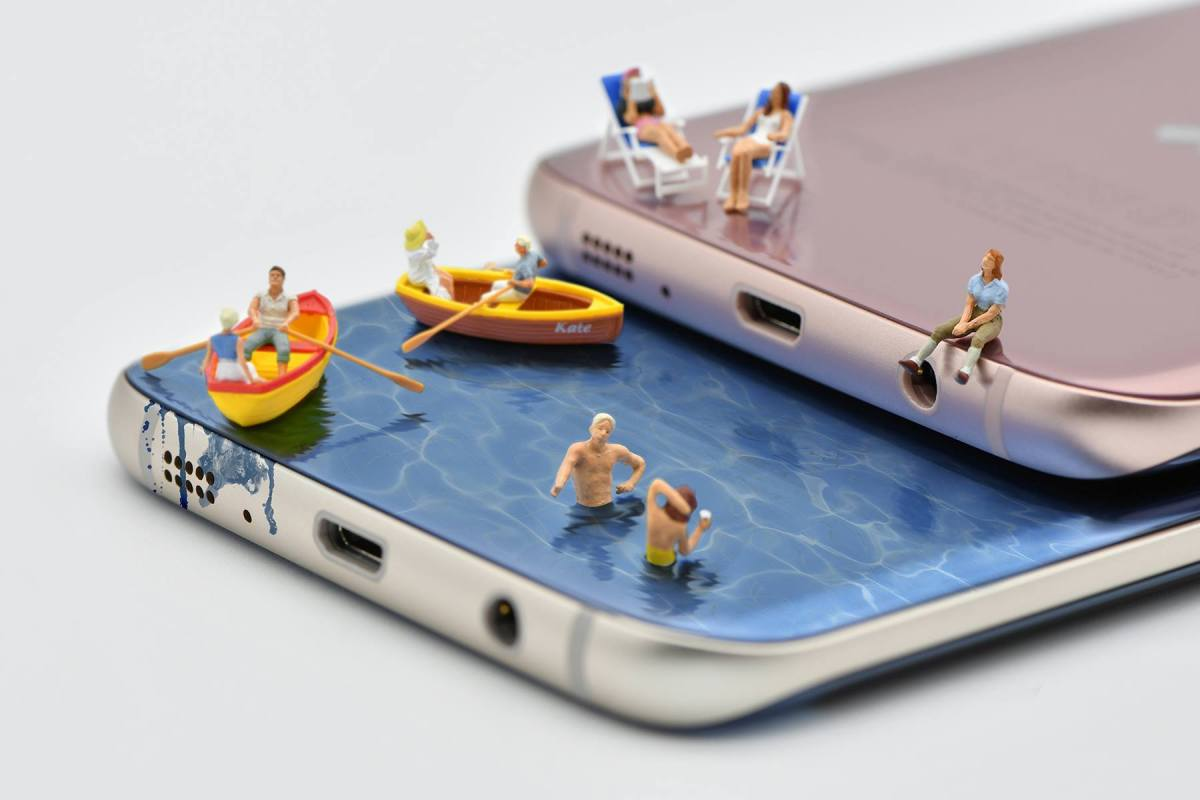 samsunggalaxys7edge2 เล่นเรื่องเล็กให้เป็นเรื่องใหญ่ผ่านภาพถ่ายสไตล์ Miniature People Photography กับคนตัวจิ๋ว x Samsung Galaxy S7 edge