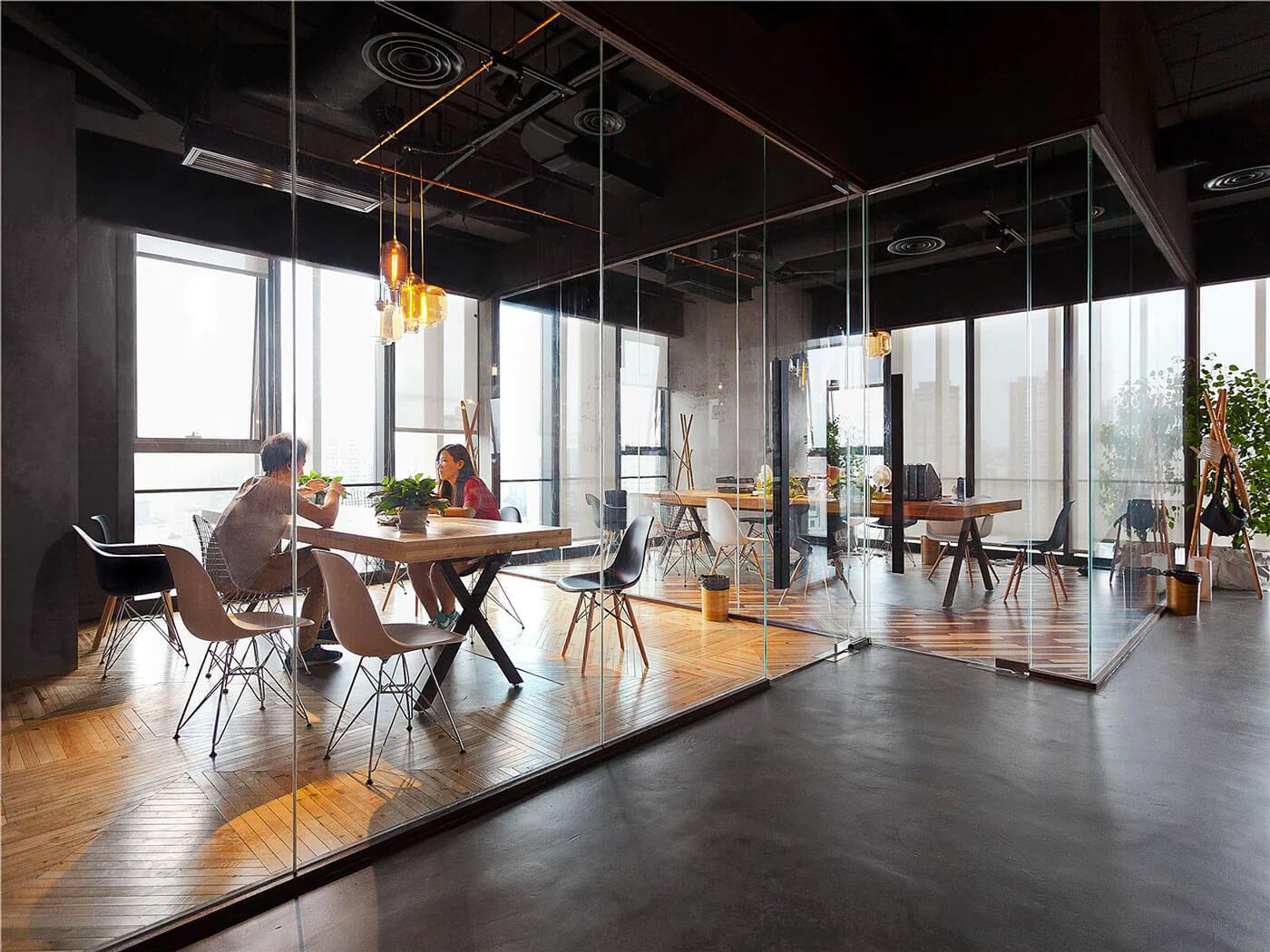 12 เทคนิคตกแต่งออฟฟิศเล็กให้ดูใหญ่ ถูกใจ SME และ home office 44 - Co-Working Space