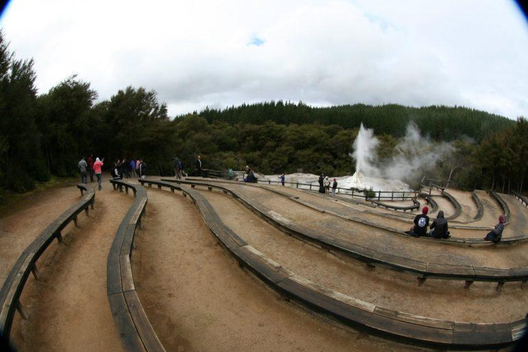 อุทยานความร้อนใต้พิภพ Wai-O-Tapu  หนึ่งในสถานที่อัศจรรย์ เหนือจริง ของโลก 18 - Wai-O-Tapu