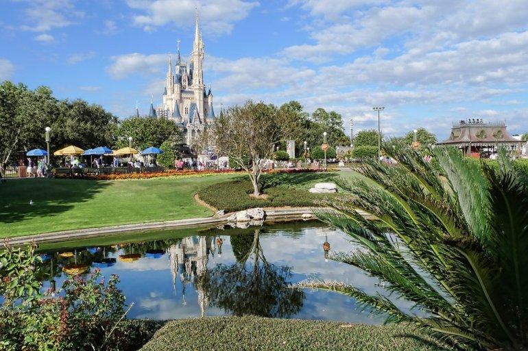 """ความเป็นมาของ """"สวนสนุกดีสนีย์แลนด์"""" สวนสนุกที่ความสนุกไม่มีวันเสร็จสิ้น 23 - Disney"""
