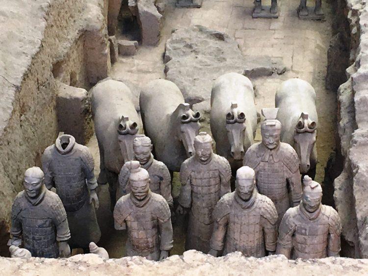 183 750x563 สุสานกองทัพทหารดินเผา สุสานที่ใหญ่ที่สุดในจีน สิ่งมหัศจรรย์ของโลกลำดับที่ 8