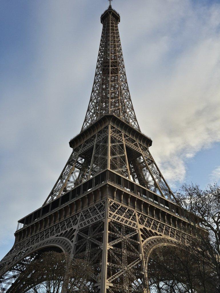 หอไอเฟล งานสถาปัตย์จากโครงเหล็ก กลางกรุงปารีส 23 - ปารีส