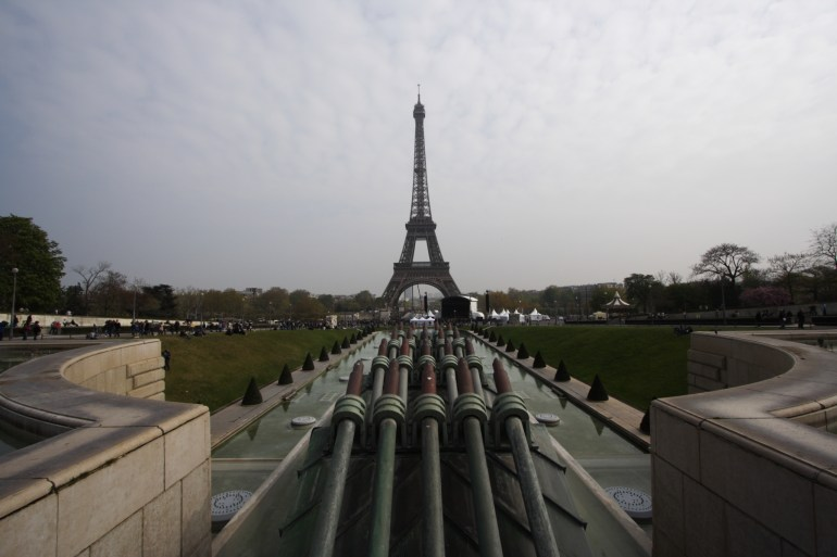 หอไอเฟล งานสถาปัตย์จากโครงเหล็ก กลางกรุงปารีส 28 - ปารีส