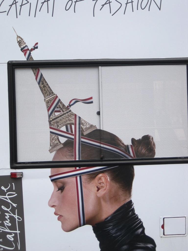หอไอเฟล งานสถาปัตย์จากโครงเหล็ก กลางกรุงปารีส 17 - ปารีส