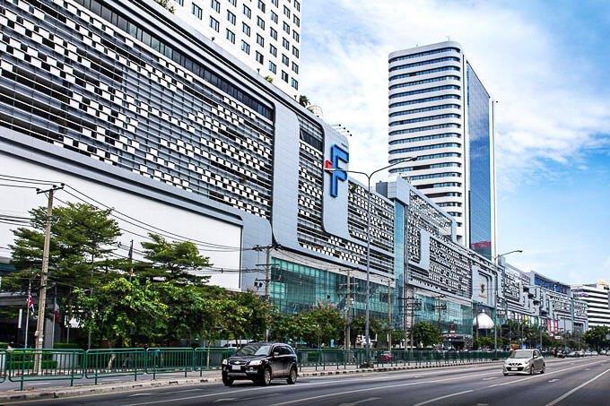 rama9 poi 11 สำรวจทำเล New CBD แยกพระราม 9 พร้อมคอนโด Life ASOKE RAMA9 ส่วนกลางเหนือชั้น Rooftop Facility ขนาด 1.5 ไร่ ใกล้ MRT 300 เมตร