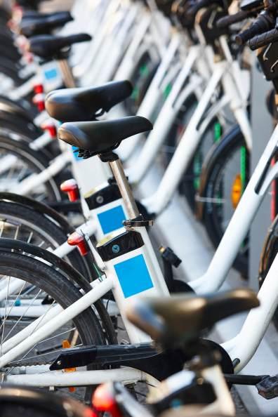 eco-friendly-urban-transport-electric-bikes-PCFK7JP