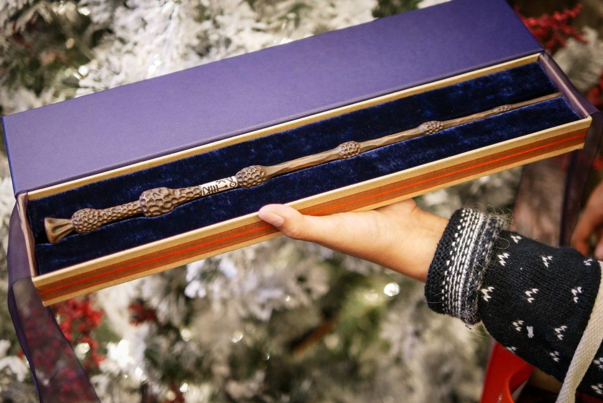 harrypotter wand 22 11 ไม้กายสิทธิ์ แฮร์รี่ พอตเตอร์ ราคา ที่งาน สยามพารากอน #HarryPotterThailand  Harry Potter Paragon