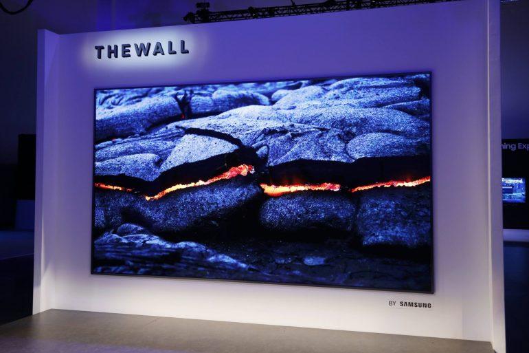 """""""ซัมซุง"""" เผยนวัตกรรมทีวีสุดอัจฉริยะ ครั้งแรกในโลกกับ """"เดอะวอลล์"""" โมดูลาร์ ไมโครแอลอีดี หน้าจอ 146 นิ้ว 22 - samsung"""