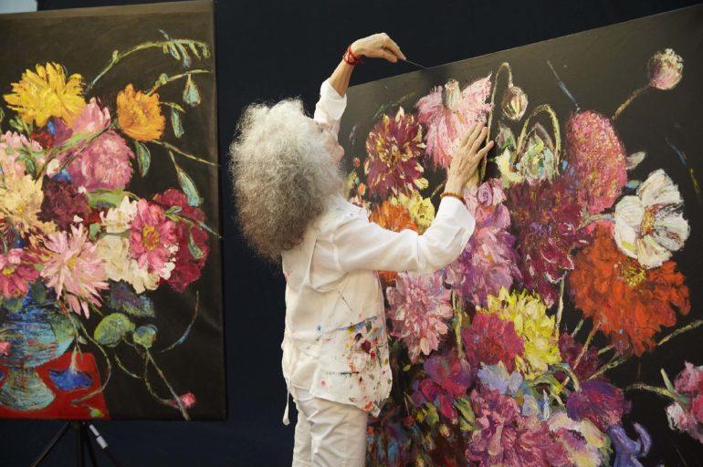 """นิทรรศการ """"Arianna Caroli : Artist in Residence"""" ถ่ายทอดพลังแห่งดอกไม้งามผ่านงานศิลปะ 7-18 ก.พ. นี้ ที่เซ็นทรัล เอ็มบาสซี 17 - Arianna Caroli"""