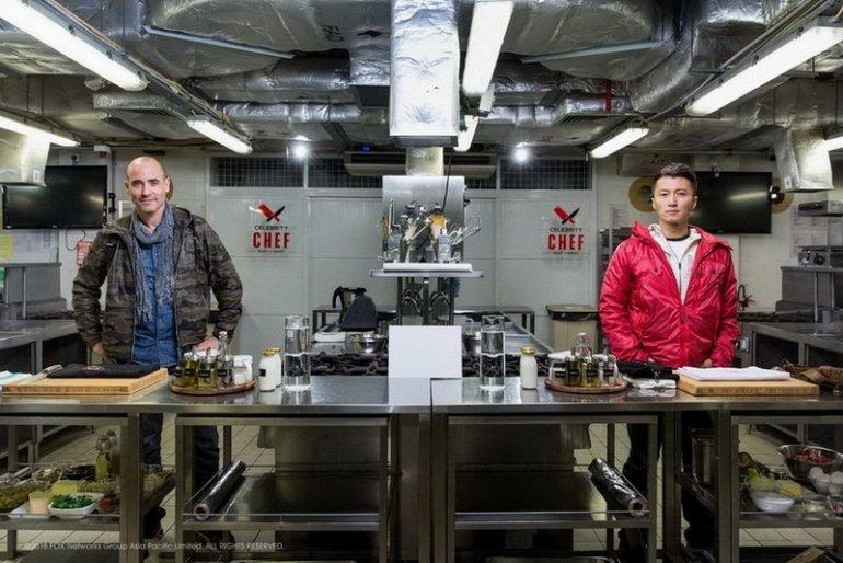 """""""ฟ็อกซ์ ไลฟ์"""" ส่งรายการใหม่ CELEBRITY CHEF: EAST VS WEST จับคู่ """"นิโคลัส-เดวิส"""" ประชันฝีมือทำอาหาร 13 -"""