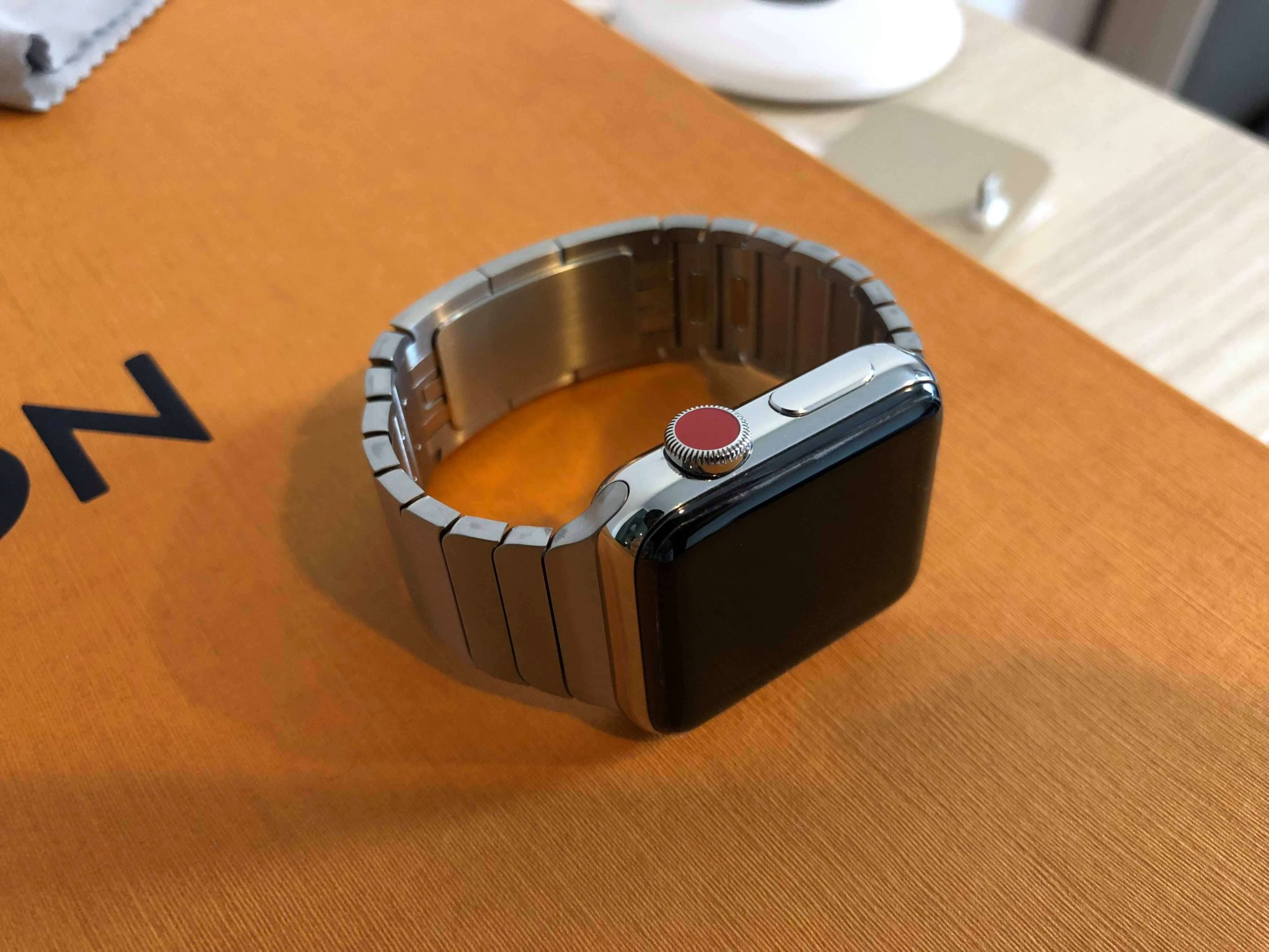 รีวิว Apple Watch LTE นาฬิกาแอปเปิ้ลใหม่ใส่ซิม โทรได้แม้ไร้ iPhone 27 - Smart Home