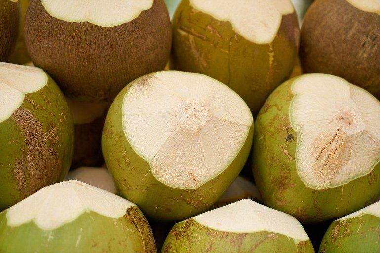 น้ำมะพร้าว CHABAA (ชบา) รสชาติใหม่ที่ลงตัว 13 -