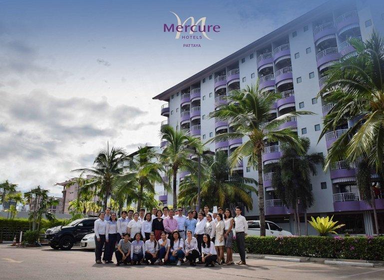 Mercure Pattaya Hotel 13th Years Anniversary 13 -