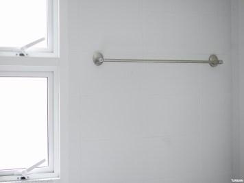 ราวแขวนผ้าเช็ดตัว ในห้องน้ำ